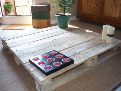Cr er une table basse avec une palette r cup - Creer sa table basse ...